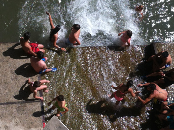 Romeria - cooling off
